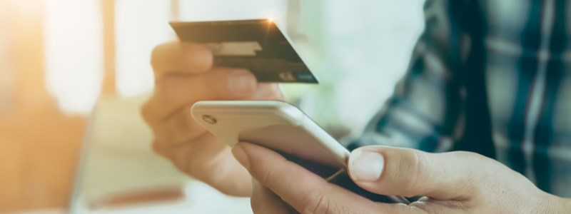 Credit card payment at the mobile casino