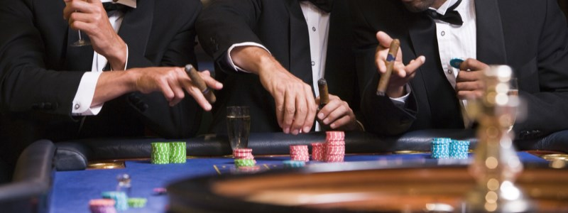 casino players using a roulette reload bonus