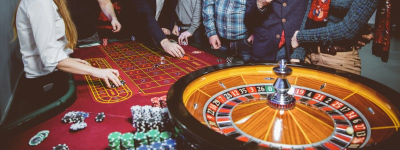 Roulette wheel that accepts skrill