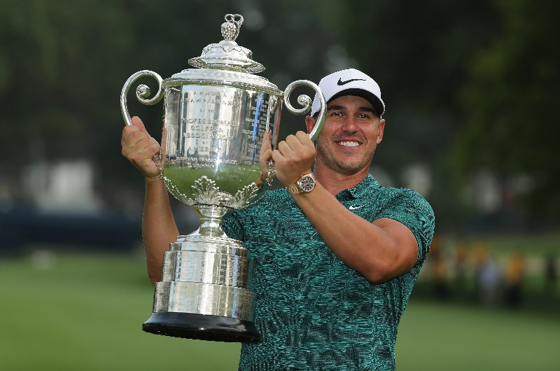 Brooks Koepka 2018 pga trophy