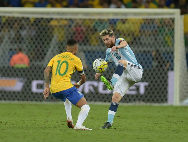 Lionel Messi's case for top Copa America goalscorer has been helped by Neymar's injury. (Getty Images)