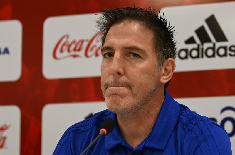 Paraguay coach Eduardo Berizzo has a tough task on his hands as he looks to restore the country's glory days. (Getty Images)