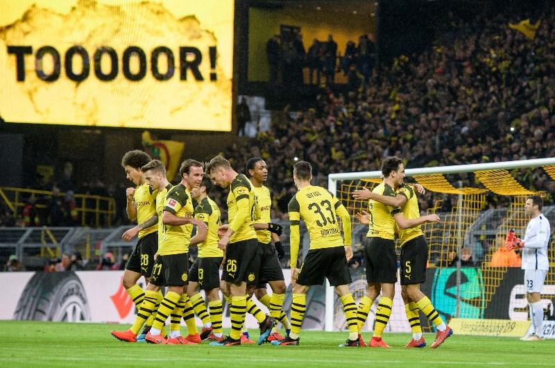 Borussia dortmund vs paderborn betting tips soccer betting masters scam